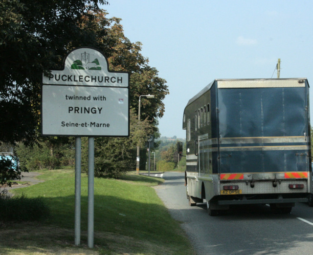 2009 : Pucklechurch twinned with Pringy