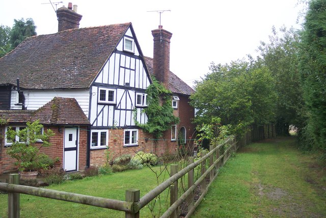 Brickyard Cottage and bridleway