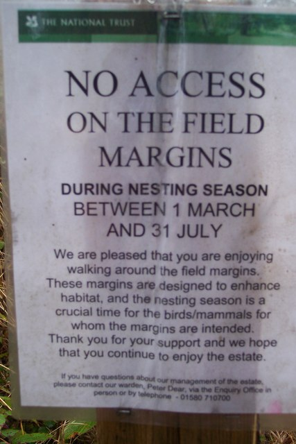 Sign beside the bridleway to Sissinghurst Castle