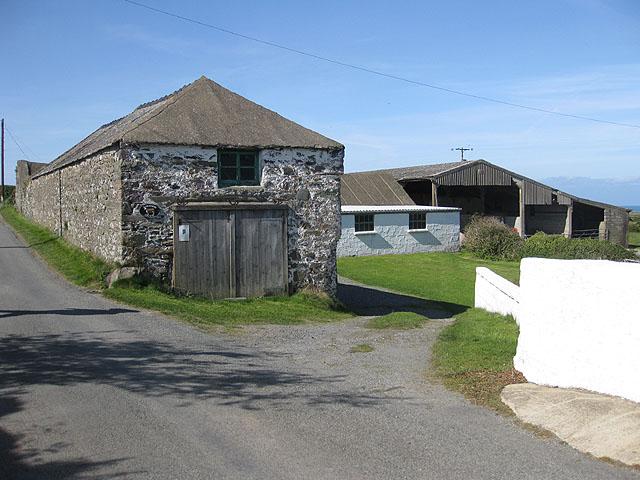 Farm buildings, Rhosson Ganol
