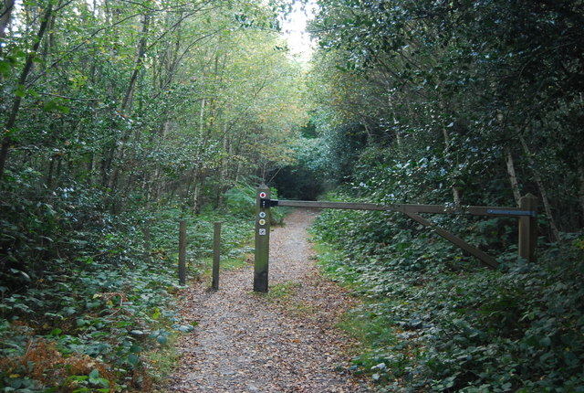 Barrier on the Greensand Way, Toy's Hill