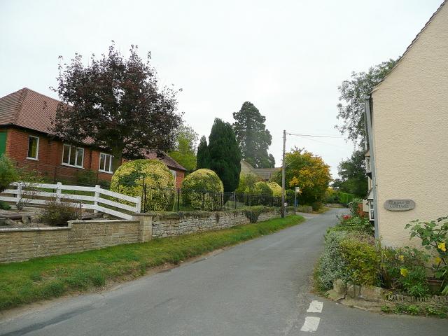 Teddington village street
