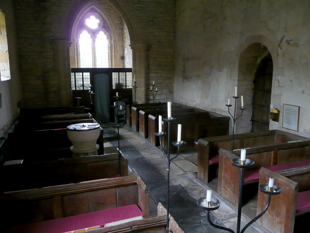 St. Nicholas' church, Teddington - interior