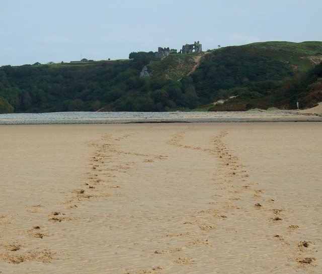 Footsteps towards Pennard Castle