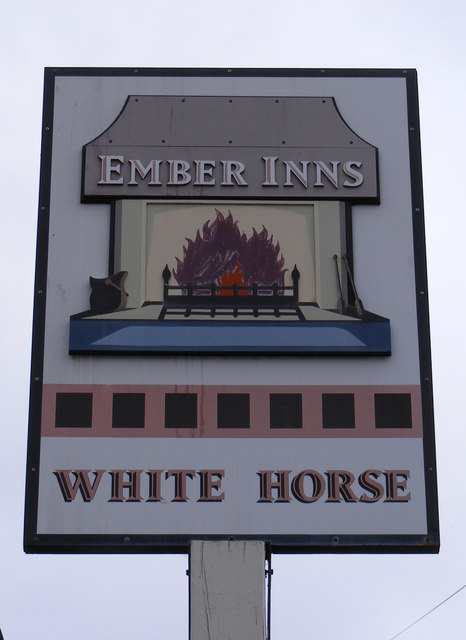 White Horse Public House Sign, Great Baddow