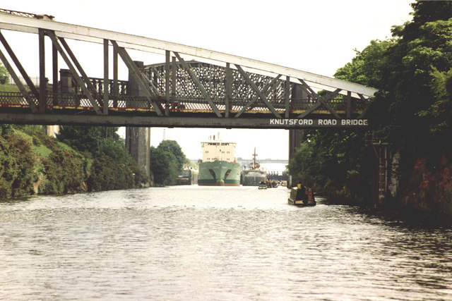Knutsford Road Swing Bridge on the Manchester Ship Canal