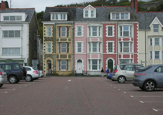 Aberdyfi terraced houses