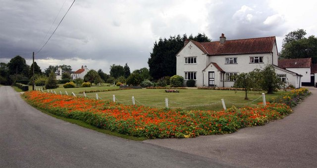 House opposite St Mary, Thwaite St Mary, Norfolk