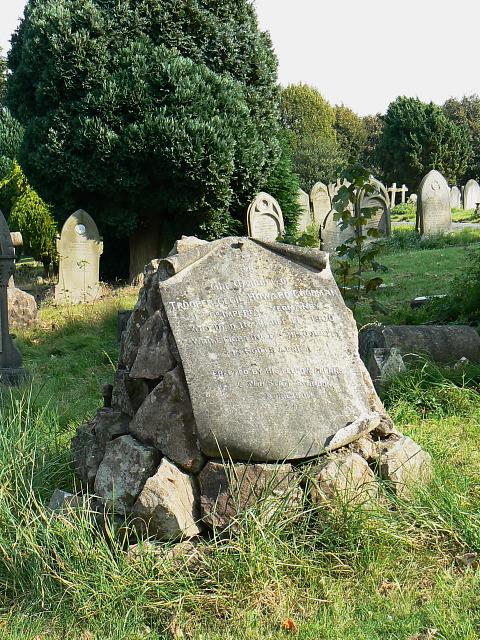 Memorial to Trooper Goodman, Radnor Street cemetery, Swindon