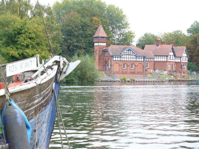 Hythe End Pumping Station