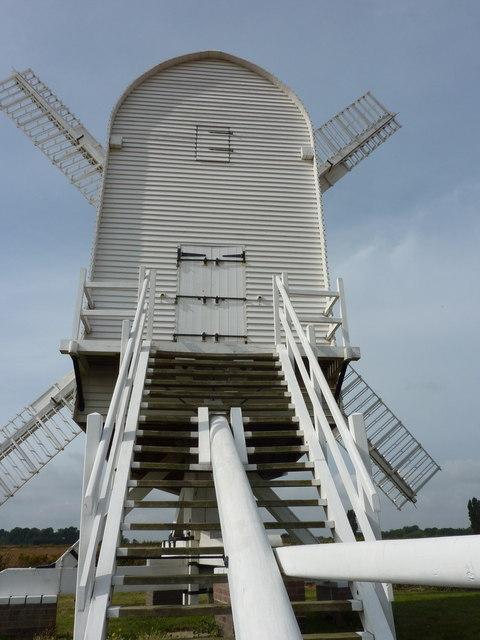 Chillenden post mill