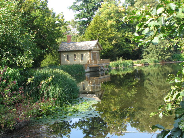 Boat House at Belton Park