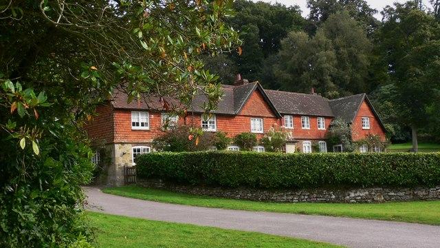 Cottages near Woolhouse Farm