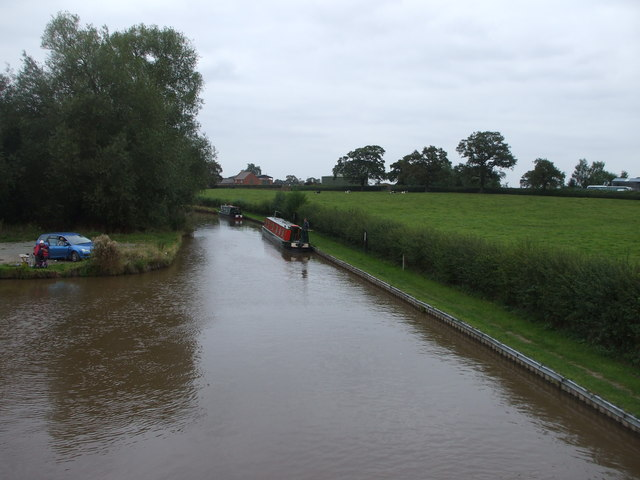 Canal and canal boats at Burland, Cheshire
