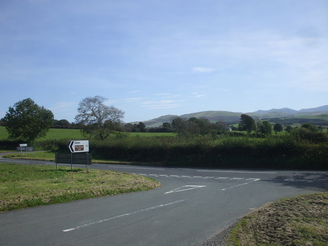 Junction on the A5086