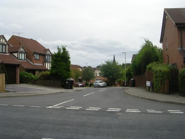 Victoria Grove Way - Victoria Road