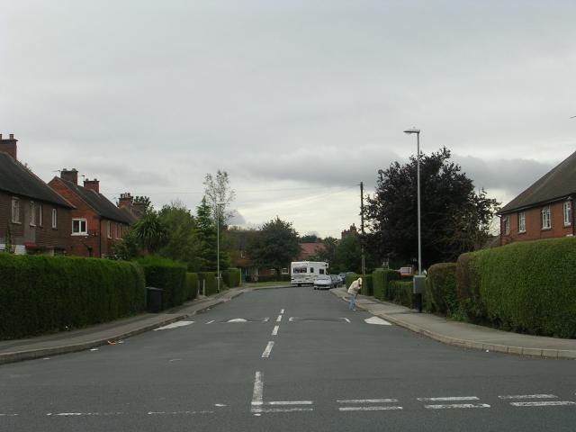 Deanfield Avenue - Ingle Avenue
