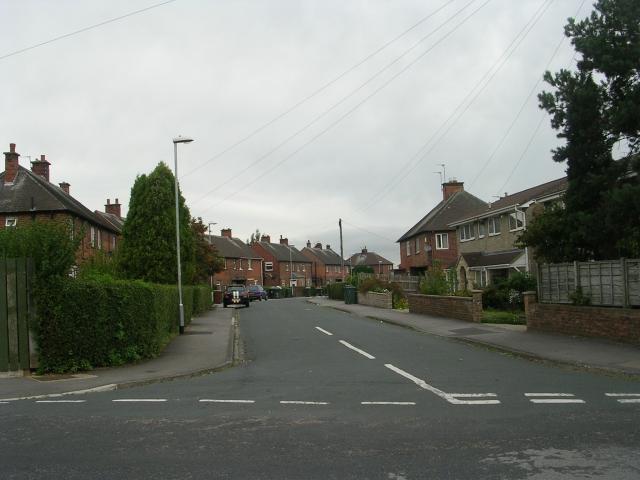 Woodlands Drive - Woodlands Avenue