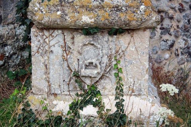 St Margaret of Antioch, Norfolk - Stonework