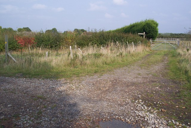 Bend on footpath towards Freight Lane