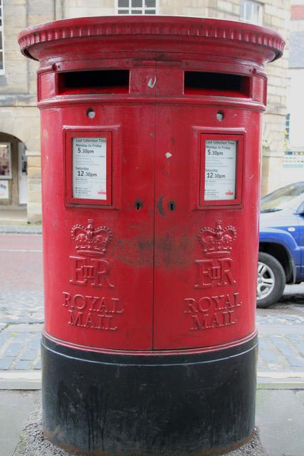Elizabeth II Postbox, Market Street