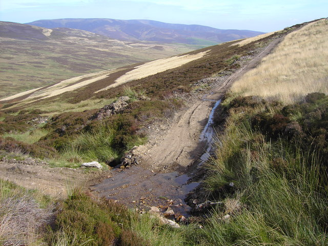 Landrover track crossing a burn on the Shank of Ducharr