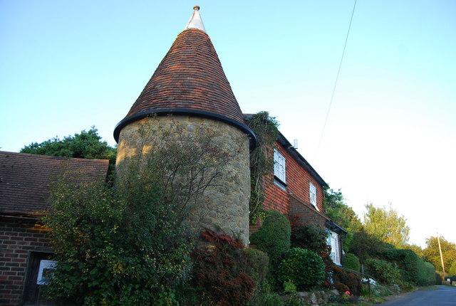 Converted Oast house, Froghole Lane