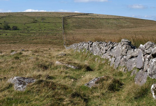 Wall approaching Strane River