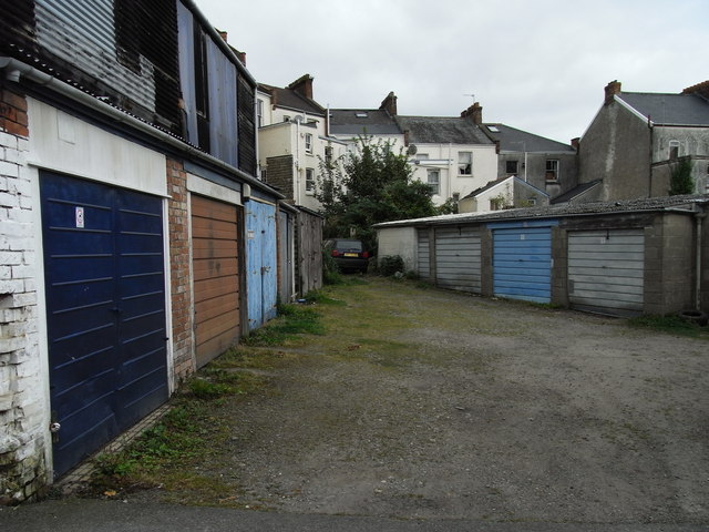 Garages in Scamps Yard