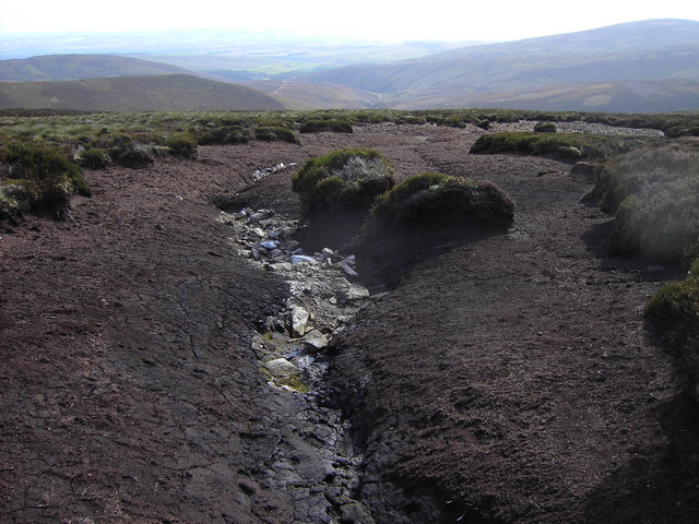 Eroded peat above Mowat's Seat