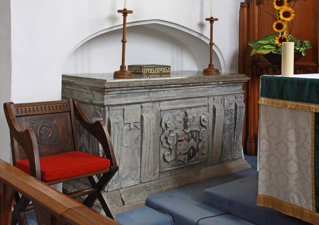 St Mary, South Wootton, Norfolk - Tomb chest