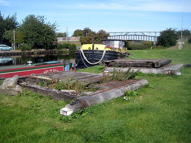 Dumped lock gates (1)