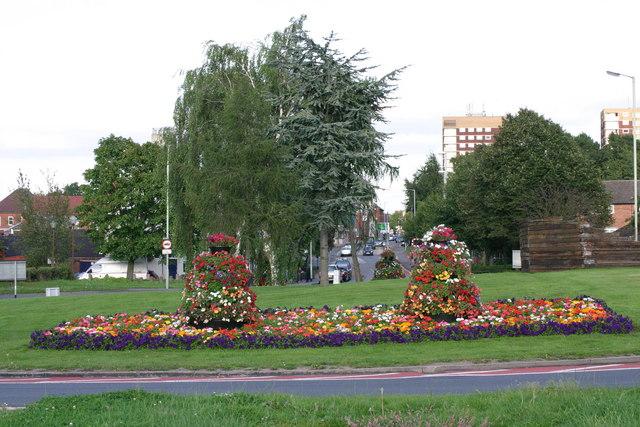 Traffic Island between Lichfield Street and Lichfield Road  (8)