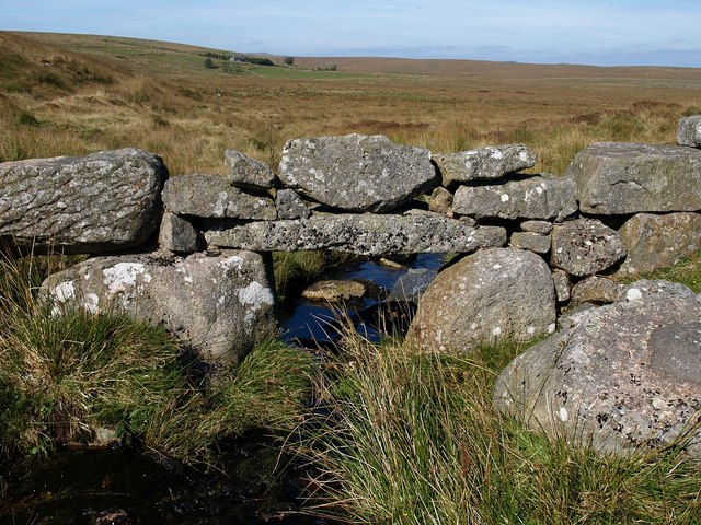 Wall across stream below Nun's Cross