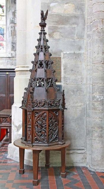 St Margaret, King's Lynn, Norfolk - Font cover