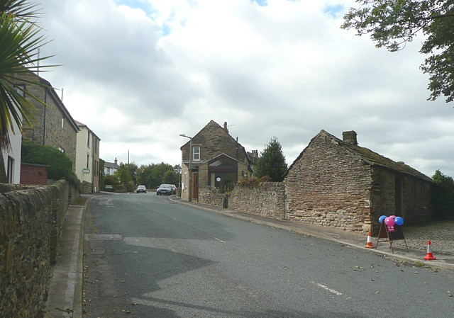 Barnsley Road and the Nail Forge, Hoylandswaine