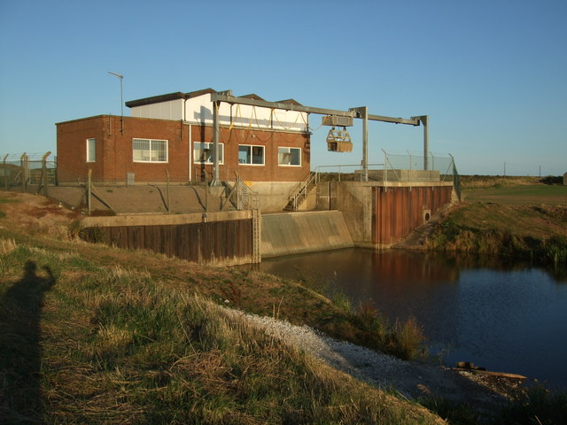 Pump Station at Sandilands