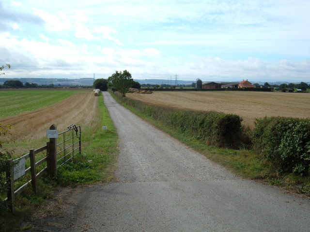Track to  Sikes Farm