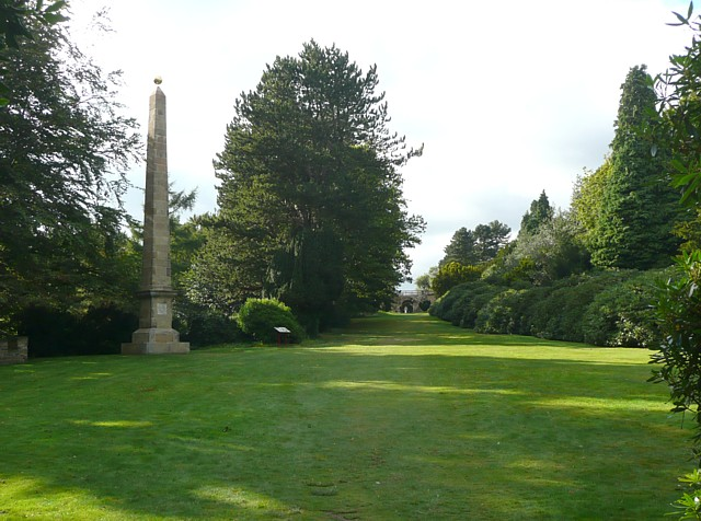 The Sun Monument and the walk to the 'castle', Wentworth Castle grounds, Stainborough