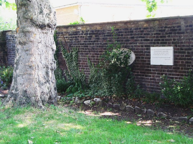 St. Nicholas' Church, Deptford Green, SE8 - the last resting place of Christopher Marlowe