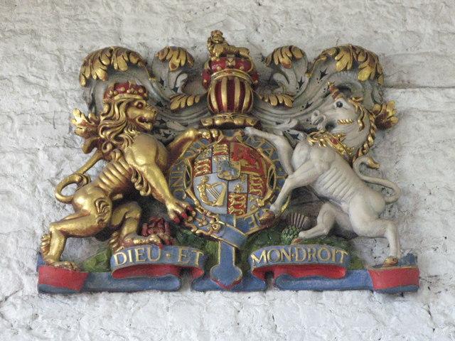 St. Nicholas' Church, Deptford Green, SE8 - royal coat of arms