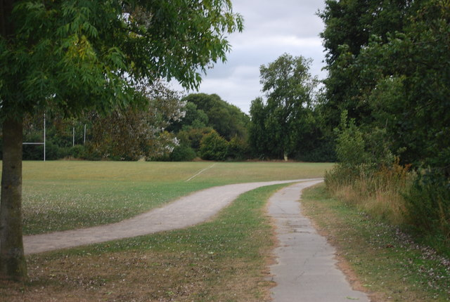 The Wealdway & National Cycleway, Tonbridge Recreation Ground