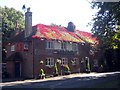 TQ9847 : The Wheel Inn, Westwell by Oast House Archive