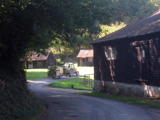 Hop Trailer at Ensden Farm