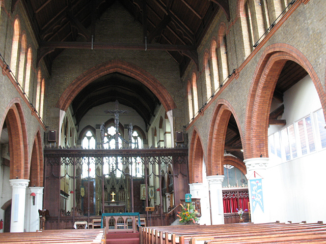 St Mary Magdalene, Wandsworth Common: interior