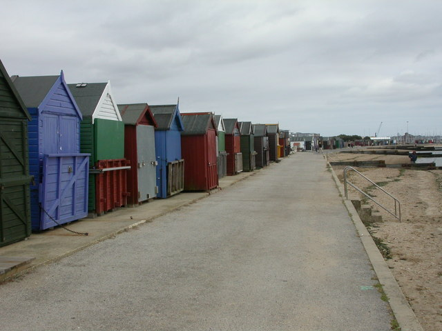 Hamworthy, beach huts