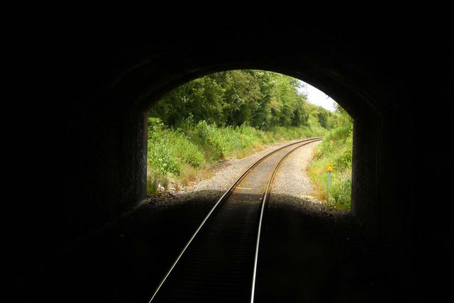 Emerging from Wolvercote Tunnel