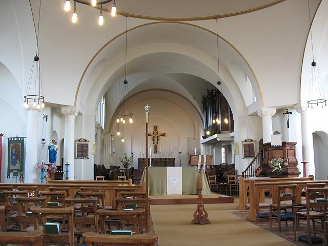 St Olave's church, Mitcham: interior