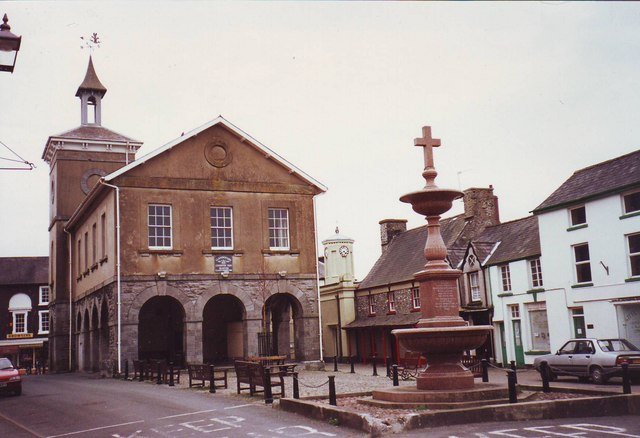 Llandovery Market Hall and Fountain.