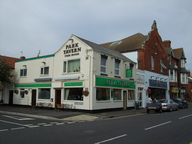 The Park Tavern (The Green Room) Sutton on Sea